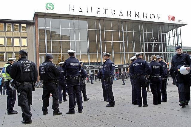 Sorosův think-tank: Rusko vykonstruovalo sexuální útoky migrantů v Kolíně, aby tak spustilo nárůst podpory pravicových stran v Německu 1